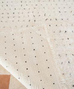Tapis Beni ourain 195 x 123, Le tapis authentique noir et blanc, Le tapis marocain minimaliste