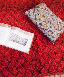 Moroccan rug 5'x10′ Beni Mguild rug, The Genuine Moroccan rug 100% WOOL .